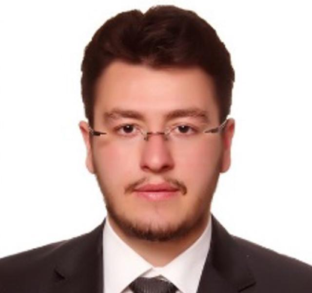 https://www.ofisegitim.com.tr/wp-content/uploads/2020/03/Abdullah-Zübeyr-Şekerci.jpg